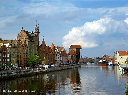 Gdansk Old town and the Crane over the Motlawa River