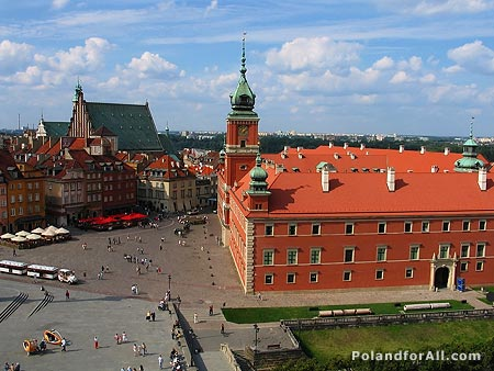 Castle square in the historical center of Warsaw